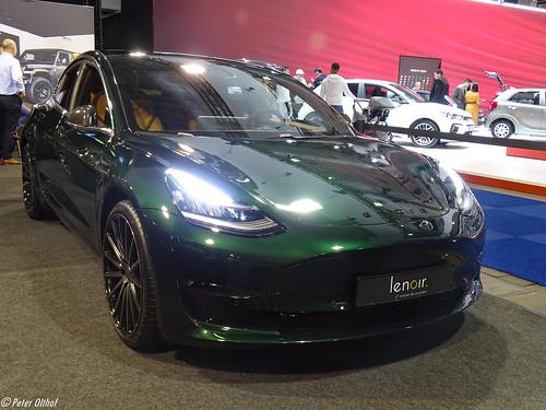 Lenoir Tesla Model 3