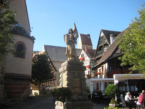 Chriegsopfer Monument - Stàdtkern - Egsa