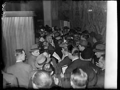 01-23-1948_03894 Tabaksveiling