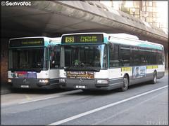 Irisbus Agora Line – RATP (Régie Autonome des Transports Parisiens) / STIF (Syndicat des Transports d'Île-de-France) n°8143 & Irisbus Agora Line – RATP (Régie Autonome des Transports Parisiens) / STIF (Syndicat des Transports d'Île-de-France) n°8127