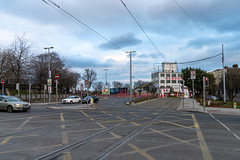BROADSTONE PLAZA AND BROADSTONE GATE [THE LUAS TRAM STOP AND NEARBY]-159542