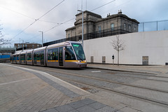 BROADSTONE PLAZA AND BROADSTONE GATE [THE LUAS TRAM STOP AND NEARBY]-159545