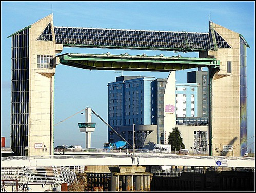 Tidal Barrier in Hull ..