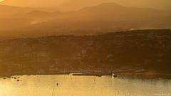 le port de plaisance au coucher de soleil
