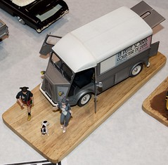 "Greg Plumber's ""The Little Tooth Collector Mouse"", Mobile version with Citroen H Van DSC_0333"