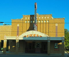 Texas Theater of Seguin (2 of 3)