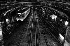 Arrivée voie 2 - Métropolitain Paris
