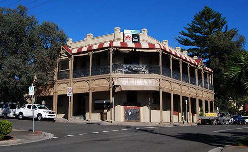 Bally Hotel, Balgownie, Wollongong, NSW.