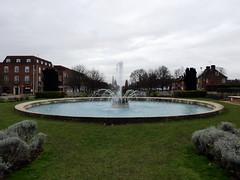 GOC Welwyn Garden City 007: Coronation Fountain