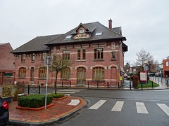 Prémesques la mairie - Photo of Santes