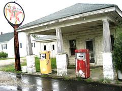 Abandoned Gas Station in Mechanicsville Maryland 20101218