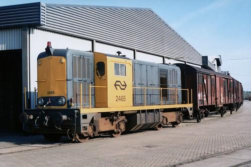NS 2465 te Stiens op 19-10-1987 (SCAN)