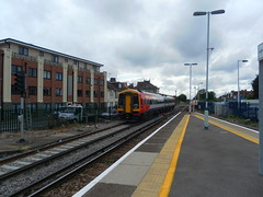 SWT-liveried DMU 158889 on a FGW service at Worthing
