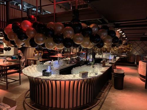 Ballonslinger Dennis 35 jaar optreden Guido van de Graaf, Wolter Kroes, Tino Martin, Gerard Joling, Lil Kleine Cafe in the City Rotterdam