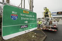 Verrazzano-Narrows Bridge sign replacement