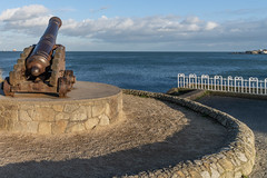 CANNON FROM THE CRIMEAN WAR [LOCATED AT THE EAST PIER IN DUN LAOGHAIRE]-159932