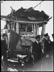 Tram smash, Taronga Zoo Park line, 8 September 1939, Pix Magazine