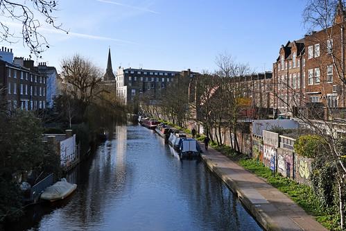 Regent's Canal / Bridge 16
