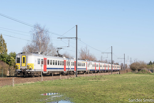 NMBS 985 + 812 | Lier | 3436