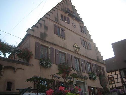 Rothuus - Marikplatz - Dàmbàch