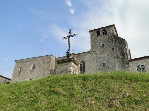 Lot-et-Garonne. Pujols. Calvaire et Église Saint-Nicolas (16e S)