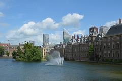 Around the Binnenhof I