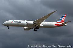 American Airlines, N829AN