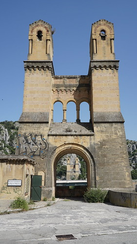 Vestiges of an old bridge