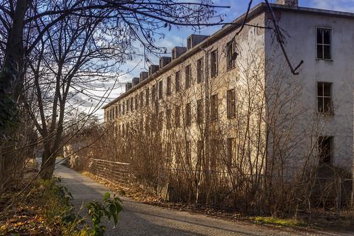 Burg, Ruinen der Alten Kaserne