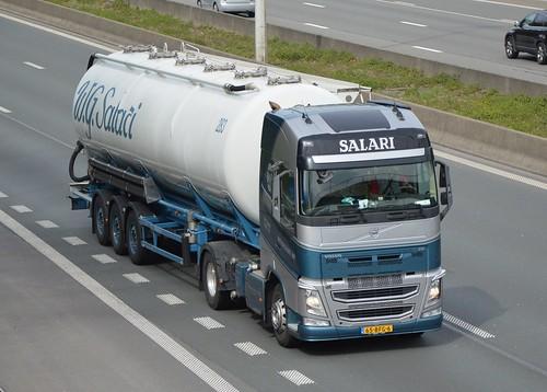 Nl-W.G. Salari Transport-Volvo FH4
