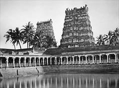 Le bassin sacré du temple de Meenakshi en 1858 (Madurai, Inde)