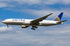 United Airlines, N224UA