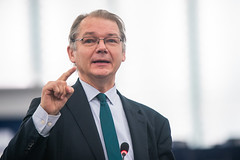EU budget debate ahead of crucial summit  - with Philippe Lamberts (Greens/EFA)