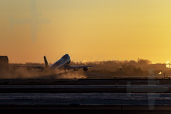 747 UPS Departure into the sun