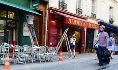 Paris Café Scene II