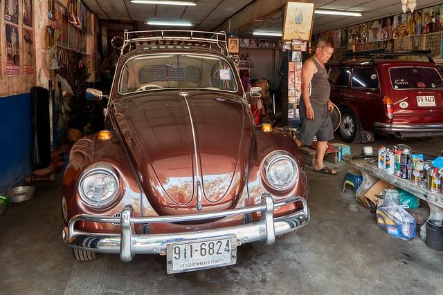 Bangkok – A man and his VWs