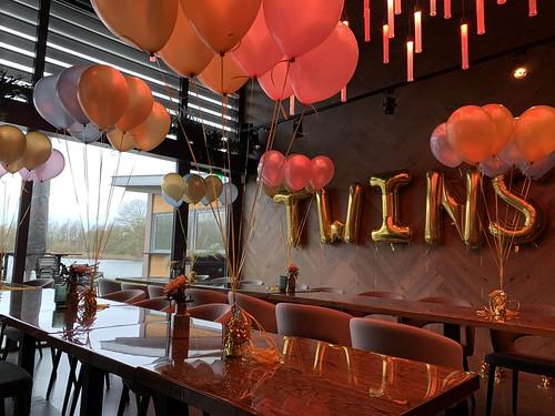 Tafeldecoratie 8ballonnen Babyshower Lakehouse Rotterdam