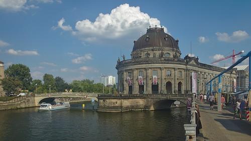 2018-08-04 DE Berlin-Mitte, Spree, Bode-Museum, Monbijoubrücke, Kreis 04804990