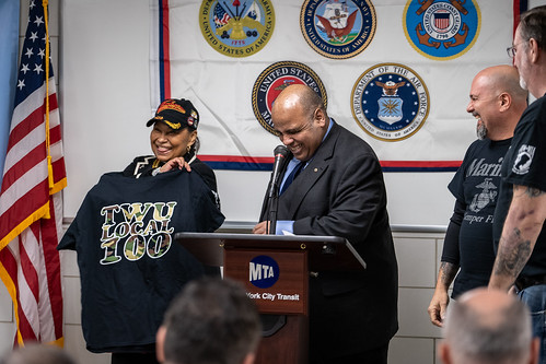 NYCT Honors Tuskegee Airmen
