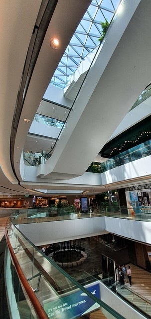 Photo:swooping formal curves around the heart of the jewel By jon crel