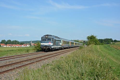 BB 67603 + TER 830908 to Sarreguemines, Obermodern, 06/06/2014