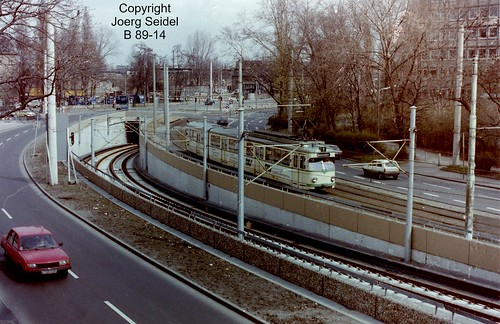 DE-50679 Köln-Deutz KVB Umleitungsstrecke Opladener Straße mit DÜWAG Triebwagen im März 1983