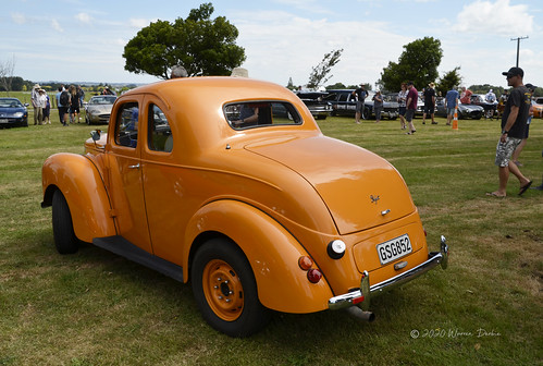 A very unusual Ford Prefect (1952)