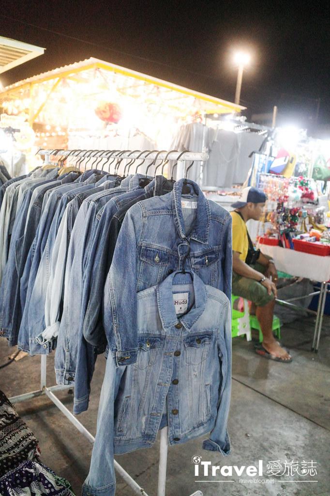 城中霓虹夜市Talad Neon Downtown Night Market (19)