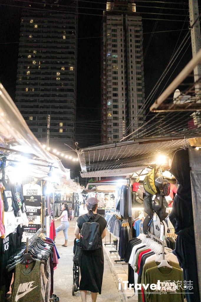 城中霓虹夜市Talad Neon Downtown Night Market (27)