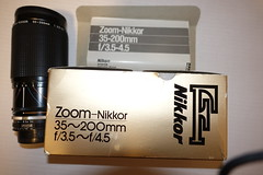 Zoom-Nikkor 35~200mm f/3.5~f/4.5