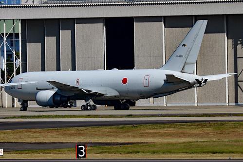 87-3601 Boeing KC767J 404Hik JASDF  NKM
