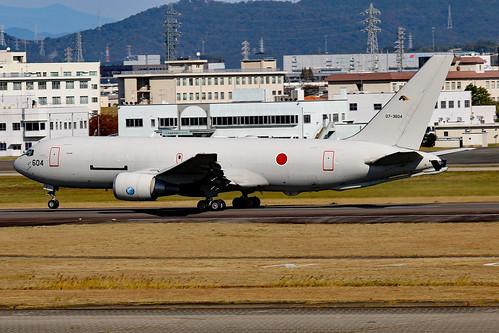 87-3604 Boeing KC767J 404Hik JASDF  NKM