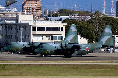 75-1077 Lockheed C130H 401Hik JASDF  NKM