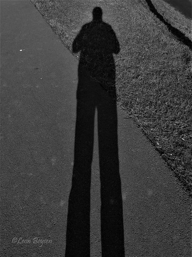 0399 long shadow selfie